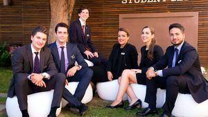 Les Roches Marbella llega a un acuerdo con The Aroma Trace, líder en arquitectura sensorial