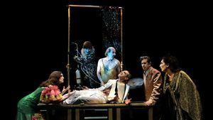 El esperpento de La Zaranda vuelve al Teatro Español