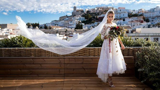 Diez formas y lugares inolvidables para dar el sí quiero en Ibiza