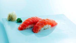 El salmón un imprescindible del sushi desde 1985
