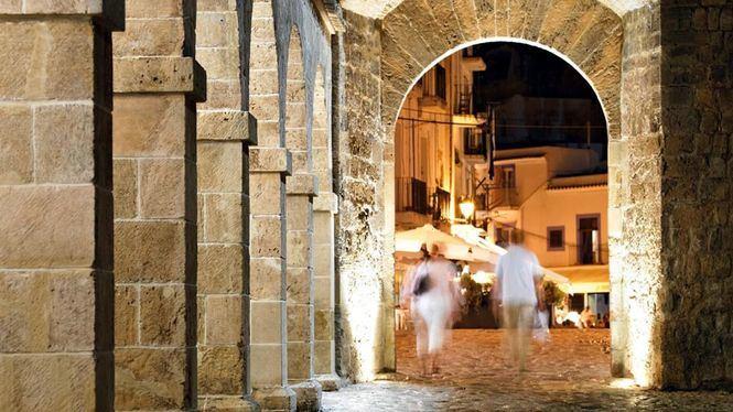 Ibiza lanza una nueva web enfocada al turismo LGTBI