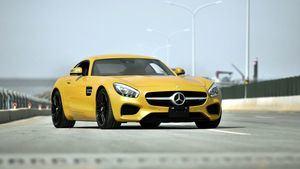 Mercedes AMG Hertz 'Kollektion 7'