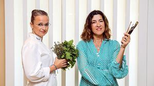 Marga Coll y Andrea Zarraluqui