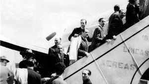 Iberia celebra el 70º aniversario de sus vuelos a París