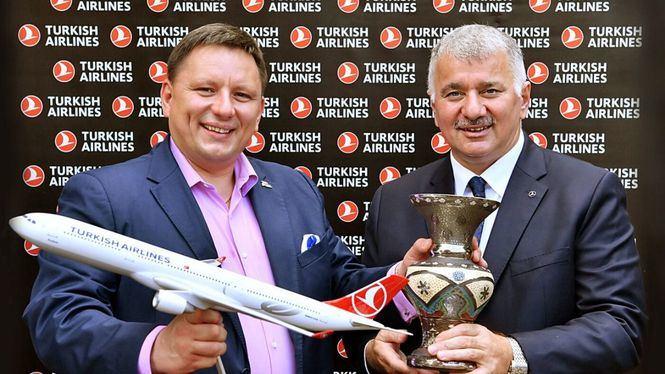 Turkish Airlines y LOT Polish Airlines amplían su red de código compartido