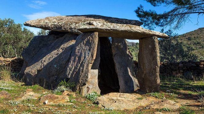 Rosas viaja a la prehistoria en visitas teatralizadas