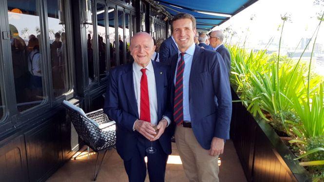 La Mesa del Turismo mantiene una reunión con Pablo Casado, el líder del Partido Popular