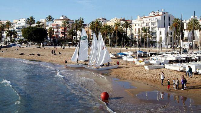 Disfrutar y relajarse en las 26 playas de Sitges