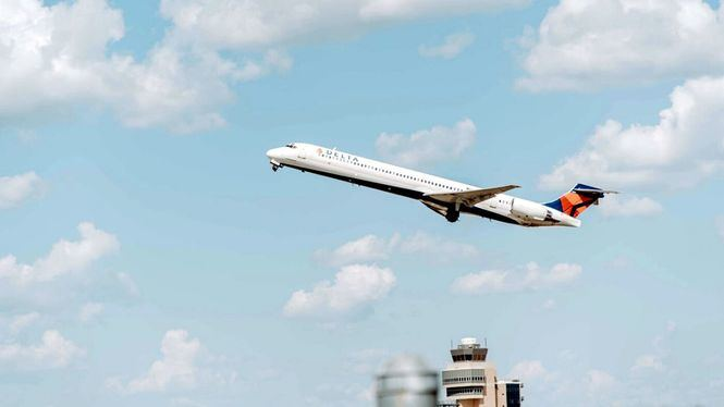 Los viajeros españoles perdieron más de 33.000 horas por los retrasos en los vuelos en 2018