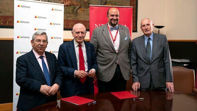 La Mesa del Turismo realizará un estudio sobre el turismo urbano en España