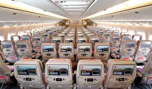 Emirates, según la opinión de los viajeros, es la aerolínea que proporciona la mejor experiencia a los pasajeros