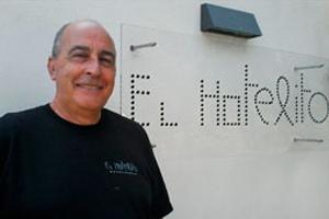 Cándido Ruiz Perez, de directivo de AIR FRANCE a propietario de El Hotelito, un concepto innovador de alojamiento rural