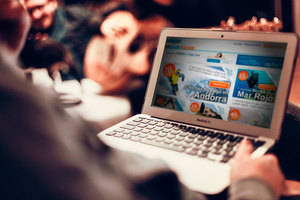 Un 75% de los españoles elige el destino de sus viajes influido por Internet