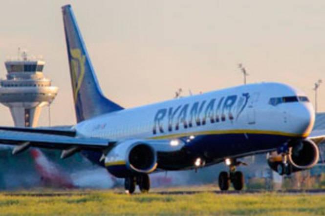 Huelga de asistentes en tierra de Ryanair en el Aeropuerto Madrid – Barajas