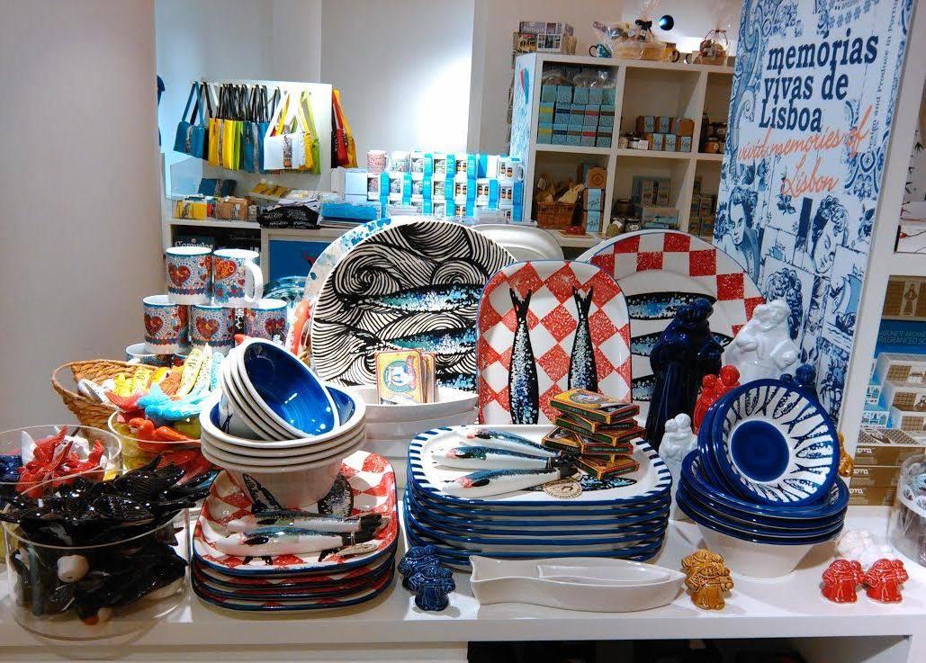 Las diez mejores tiendas de lisboa inout viajes - Comprar ropa en portugal ...