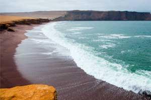 Las mejores playas de Perú para los que huyen del frío