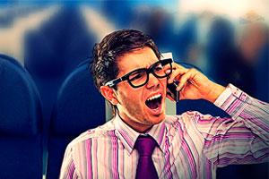 Normas de seguridad que los viajeros no cumplen cuando viajan en avión