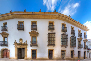 Fachada Palacio del Virrey Laserna