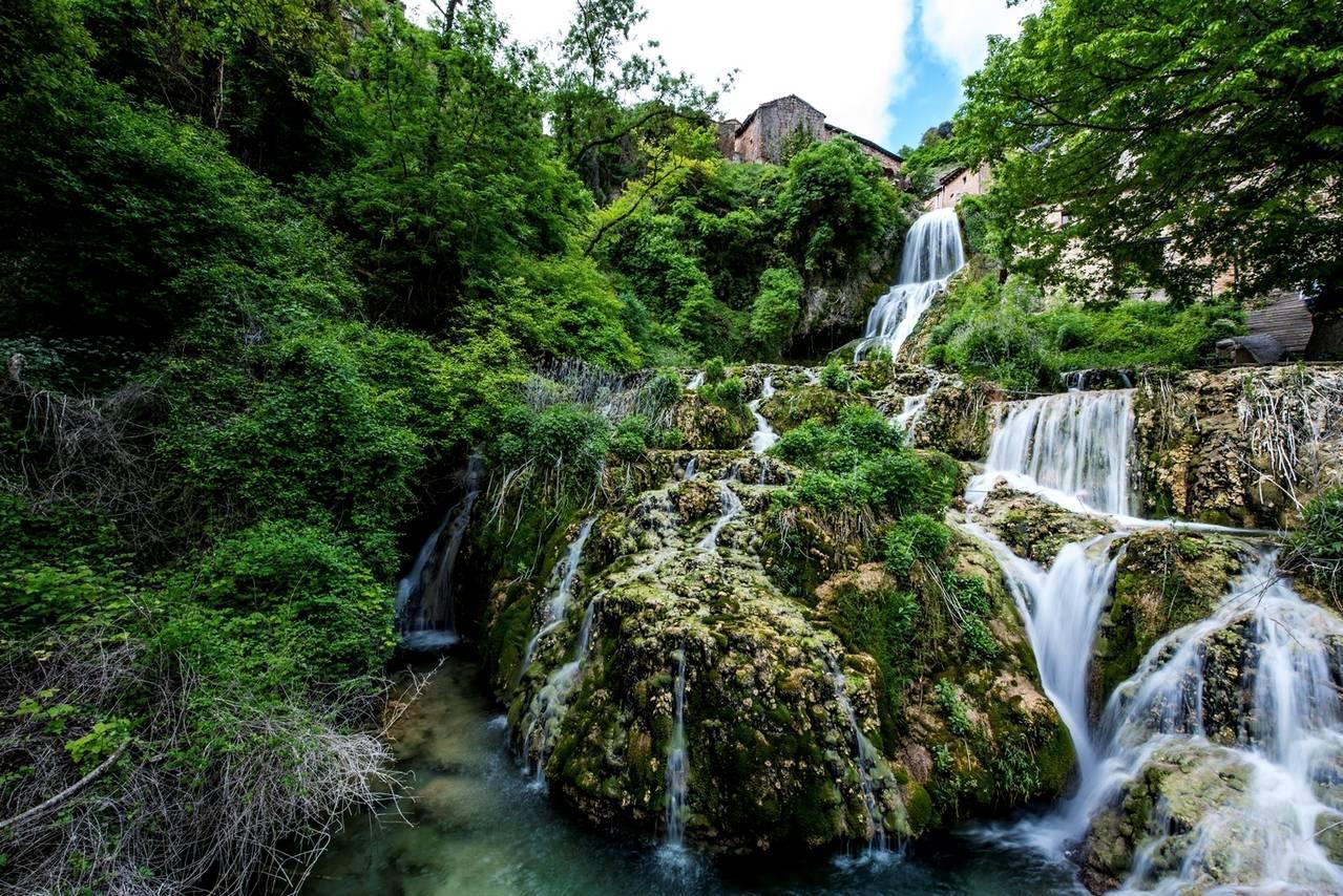Las 5 mejores piscinas naturales en burgos inout viajes for Piscinas el plantio burgos