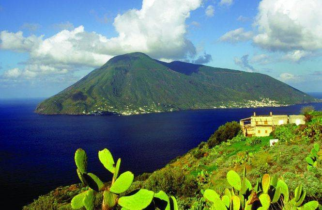 Sicilia. La isla Infinita
