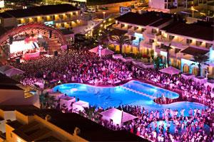 Los 10 beach clubs de hoteles más cool de España
