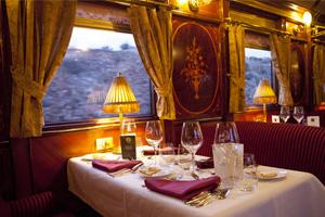 Renfe pone en marcha el tren Al Andalus por el Camino de Santiago