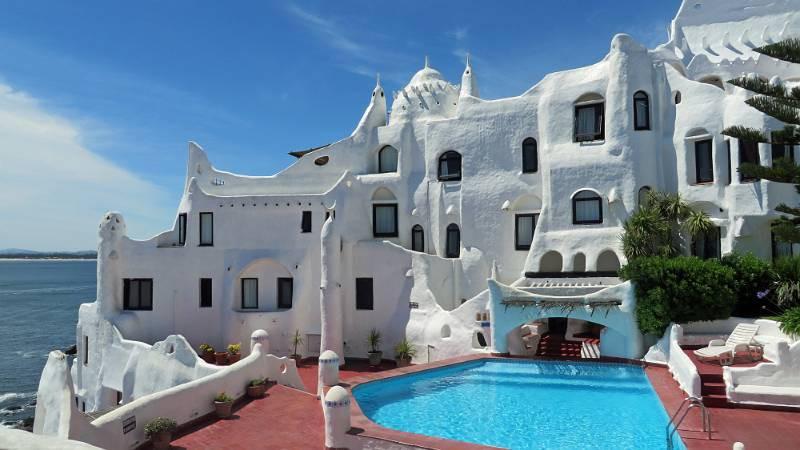 Punta del este el balneario de sudam rica inout viajes - Casa pueblo fotos ...
