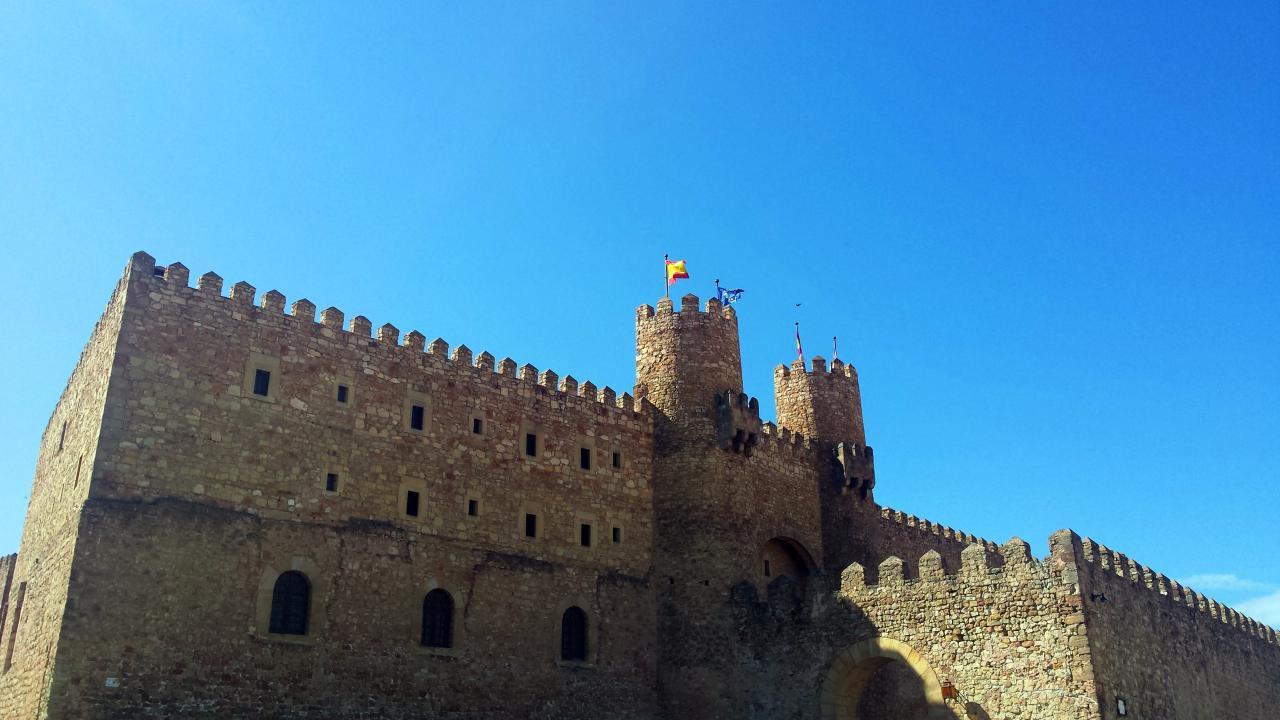 8 datos curiosos sobre el castillo de sig enza actual for Oficina de turismo siguenza