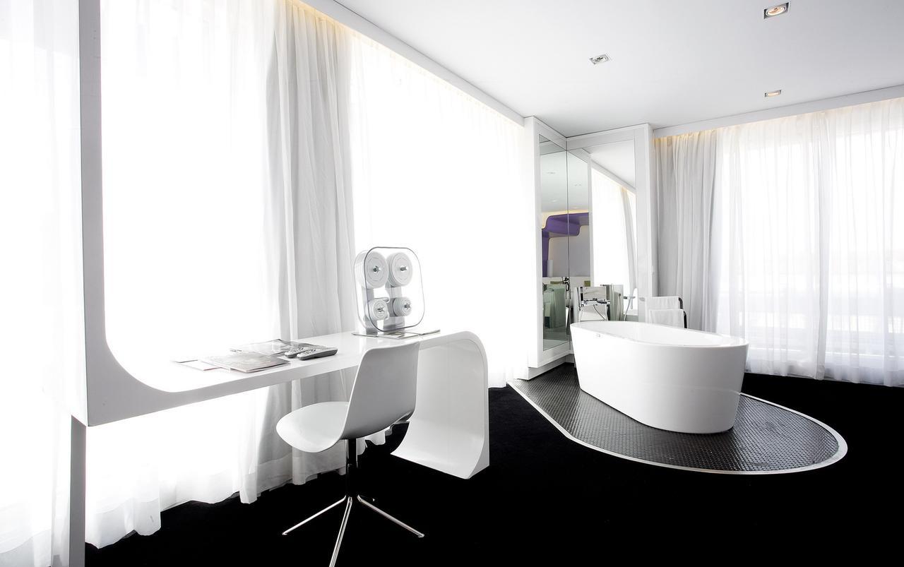 Los 10 hoteles espa oles m s glamurosos creados por arquitectos interioristas y dise adores de - Arquitectos interioristas barcelona ...