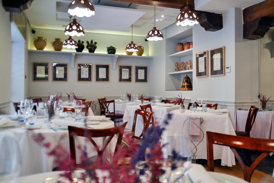 O 39 grelo gastronom a gallega en el barrio de el retiro de for Cocina gallega en madrid