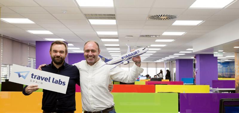 ryanair inaugura en madrid sus oficinas de travel labs